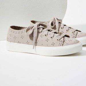 Eyelet Lace Up Sneaker